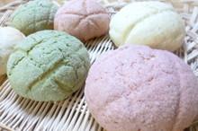 料理レッスン写真 - 春色3色メロンパンとクランベリー&くるみとチーズのカンパーニュ♪