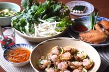 料理レッスン写真 - みんな大好き!ベトナム風たこ焼きバインコット&鶏の手羽先ヌックマム風味