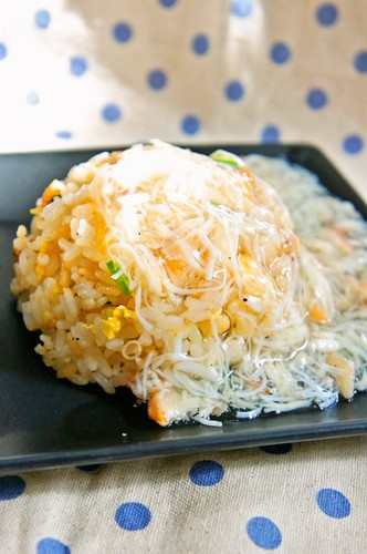 Fried Rice with a Thick Crab Sauce