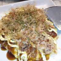An Osaka Aunties' Okonomiyaki