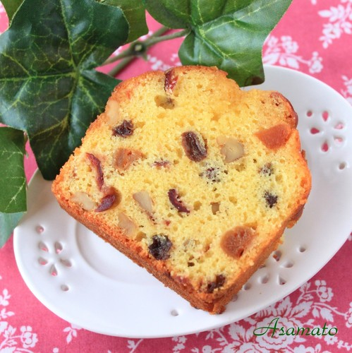 Easy Fruit Cake (for grownups, too)