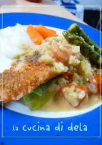 Baked Fish and Breadcrumbs with Easy Sauce