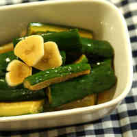 Marinated Cucumber and Garlic in Soy Sauce