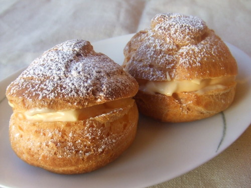 Simple and Plump Choux Pastry