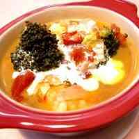 Creamy Tomato Soup with Shrimp and Broccoli