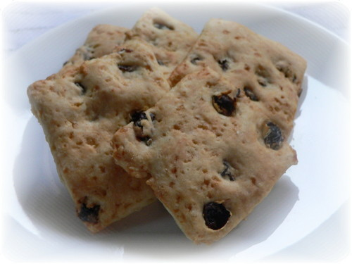 Egg and Dairy-Free Raisin Cookies