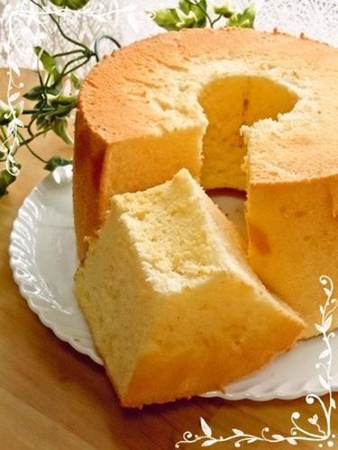 Fluffy Plain Chiffon Cake