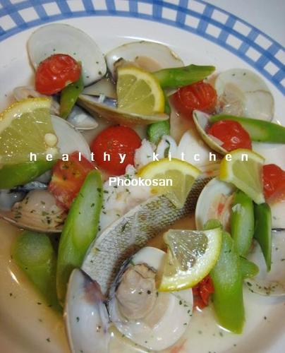 Easy Cod and Hamaguri Clam Acqua Pazza