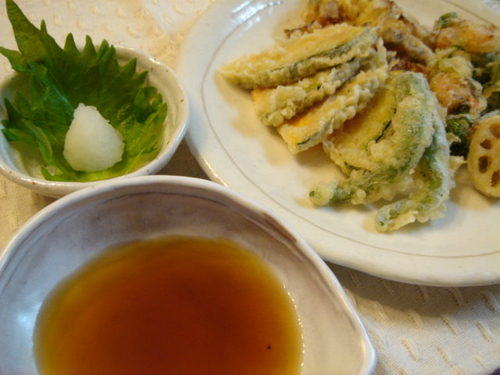 Tentsuyu (Tempura Dipping Sauce) for Delicious Tempura