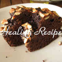 Macrobiotic Chocolate-Like Carob Cake