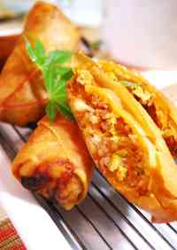 Seriously Tasty Crispy Pork and Kimchi Spring Rolls