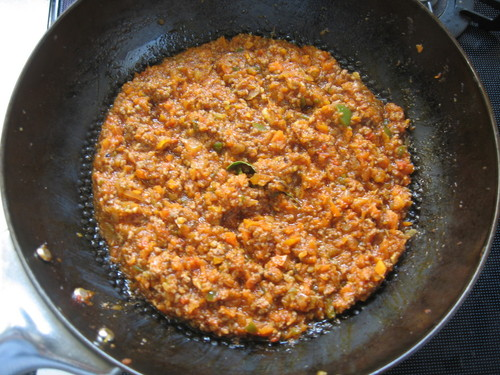 Easy Spaghetti Bolognese Sauce made with a Food Processor