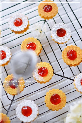 Jam & Buttercream Sandwich Cookies