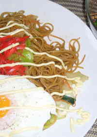 A Must-try Recipe for People Living Overseas!! Yakisoba (Stir-Fried Noodles) Using Pasta