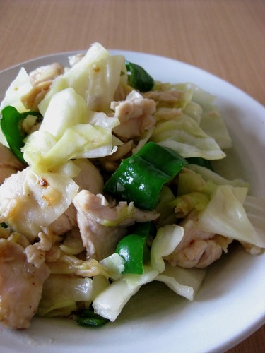 Stir-fried Chicken Breast and Cabbage