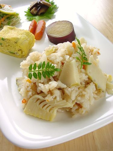 Bamboo Shoot Rice with Canned Scallop