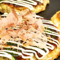 Fluffy Kansai-style Okonomiyaki with Cabbage and Nagaimo Yam