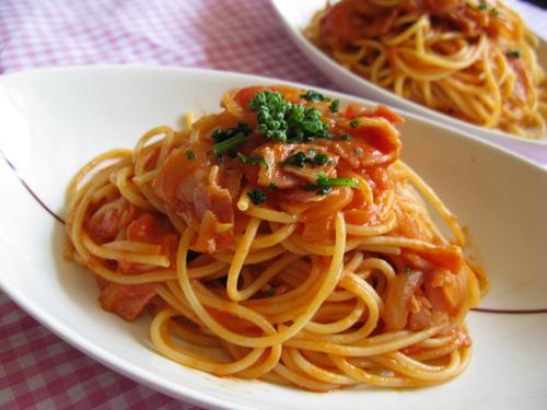 Irresistible Tomato Sauce Pasta