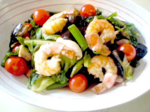 Vegetable Filled Shrimp & Squid Garlic Stir-Fry
