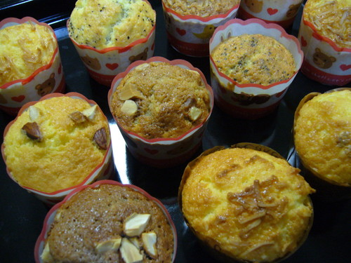 Easy Fluffy Muffins in 4 Steps