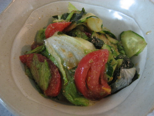 Healthy Salad with Jojoen-Style Dressing