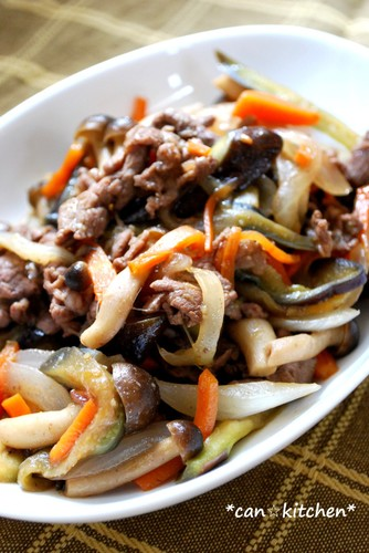 Just Fry Them Together! Beef and Vegetable Stir-Fry