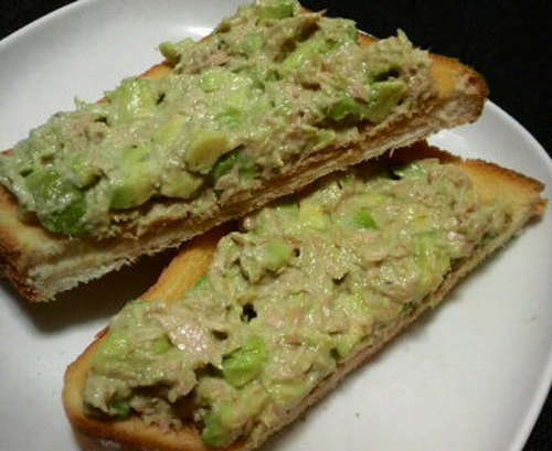 Mayonnaise Tuna and Avocado Spread