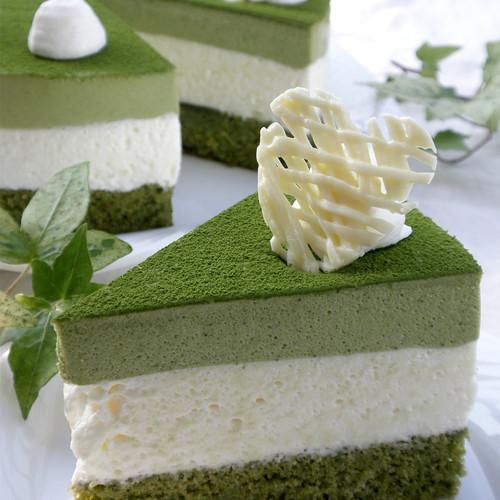 Green Tea and White Chocolate Mousse Cake | Washoku.Guide