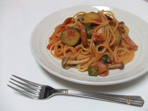 My Daughter's Favorite Veggie-Filled Napolitan Spaghetti