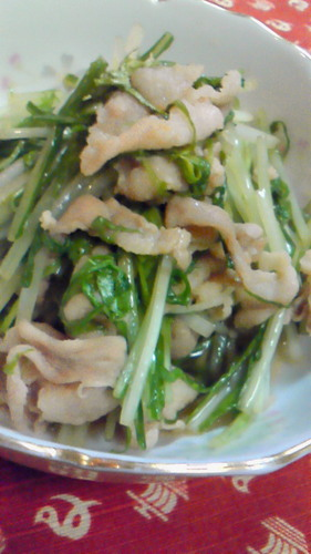 Quick Stir-Fried Mizuna Green and Pork Japanese-Style
