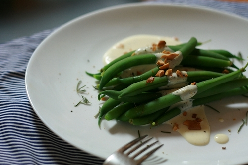Green Beans with Creamy Mayonnaise Sauce