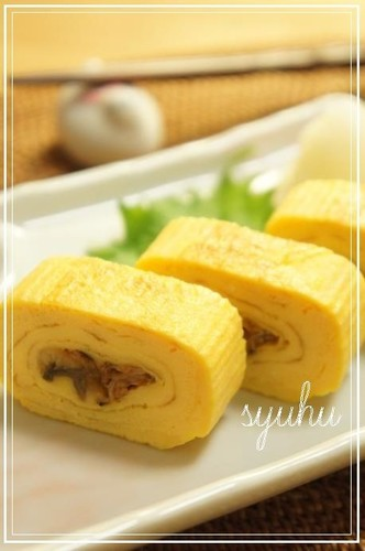 Eel Kabayaki Turned Into Umaki (Rolled Eel Omelette) - For Bentos and More