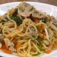 Taiwanese-style Yakisoba Noodles
