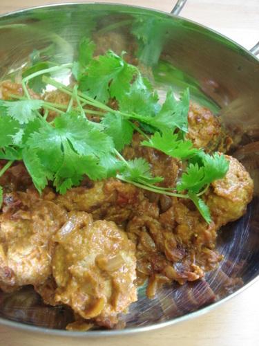 Chicken Kofta: Indian Curry with Chicken Meatballs