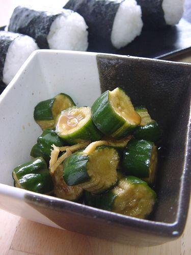 Shake-Shake Cucumber Pickles