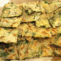 Crisp & Chewy Simple Chijimi (Pajeon) with Chinese Chives