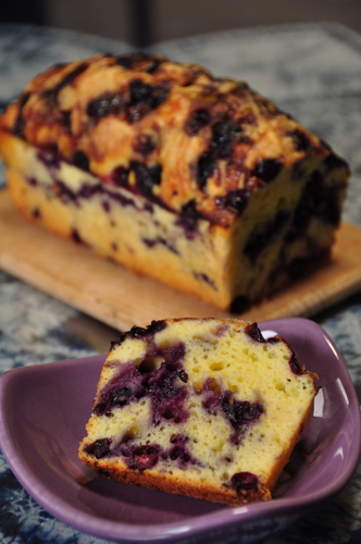 Oil-Free Blueberry Yogurt Cake