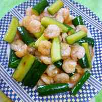 Chinese-style Shrimp and Cucumber Salt Stir-Fry