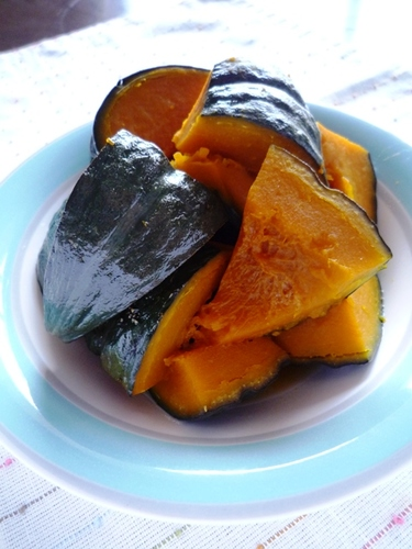 Delicious Chilled Kabocha Squash Simmered with Lemon