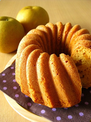 Carameled Asian Pear and Cream Cheese Pound Cake
