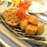 Simmered Taro in Rich Oyster Sauce
