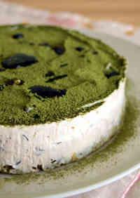 Uji-Kintoki Inspired No-Bake Cheese Cake with Condensed Milk and Adzuki