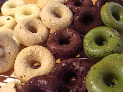 Authentic 'Mister Doughnuts' Baked Doughnuts