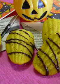 Moist Kabocha Madeleines for Halloween