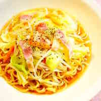 Yakisoba Noodles in Broth