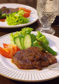 Beef Steak with Grated Onion Sauce