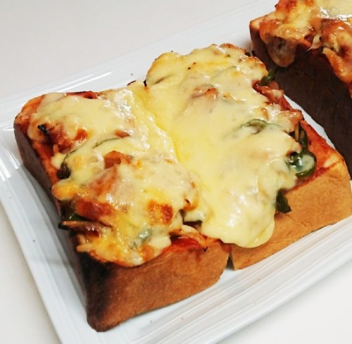 My Husband's Favorite Pizza Toast
