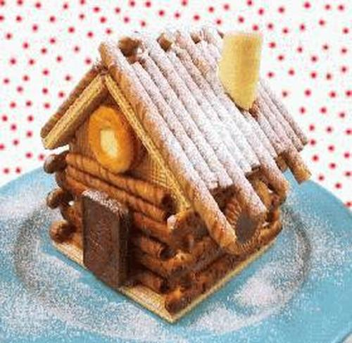 The Perfect Christmas Cookie House
