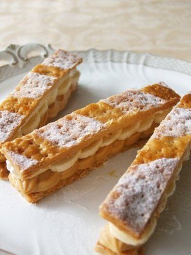 Caramel and Banana Mille-Feuille Using Pie Crusts
