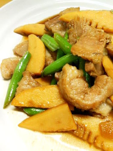 Stir-Fried and Simmered Pork Belly and Bamboo Shoot